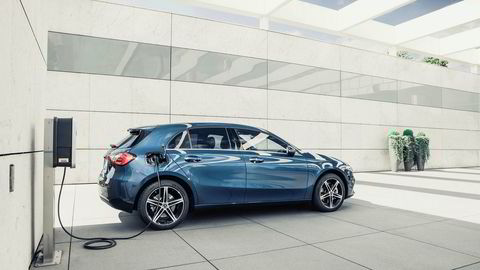 Mercedes-Benz lanserer A-klasse som ladbar hybrid.