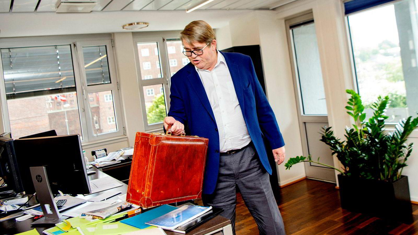 Jan Petter Sissener, investor og porteføljeforvalter, er ikke udelt positiv til Norwegians salg av Bank Norwegian-aksjene.