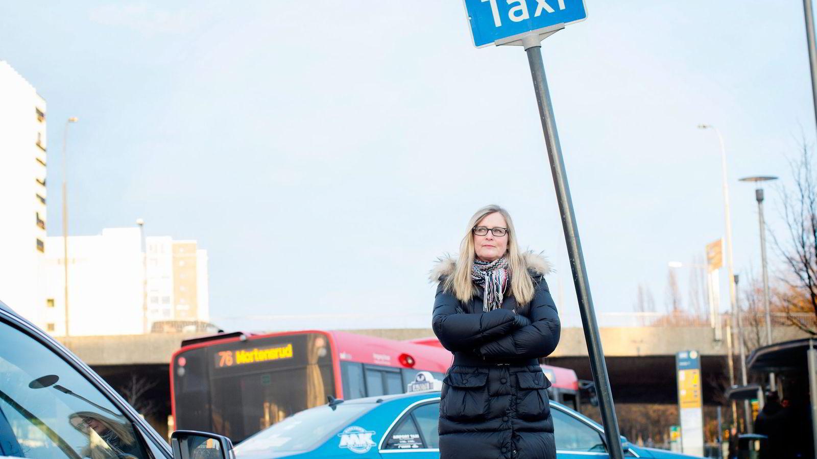 Konkurranse er ikke problemet. I alle de store byene er det knallhard konkurranse mellom de ulike drosjesentralene, påpeker Kristin Male i Taxiforbundet. Foto: