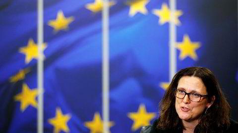 EUs handelskommissær Cecilia Malmstrom sier det er sannsynlig at Europa innfører tollsatser på stål og aluminium.