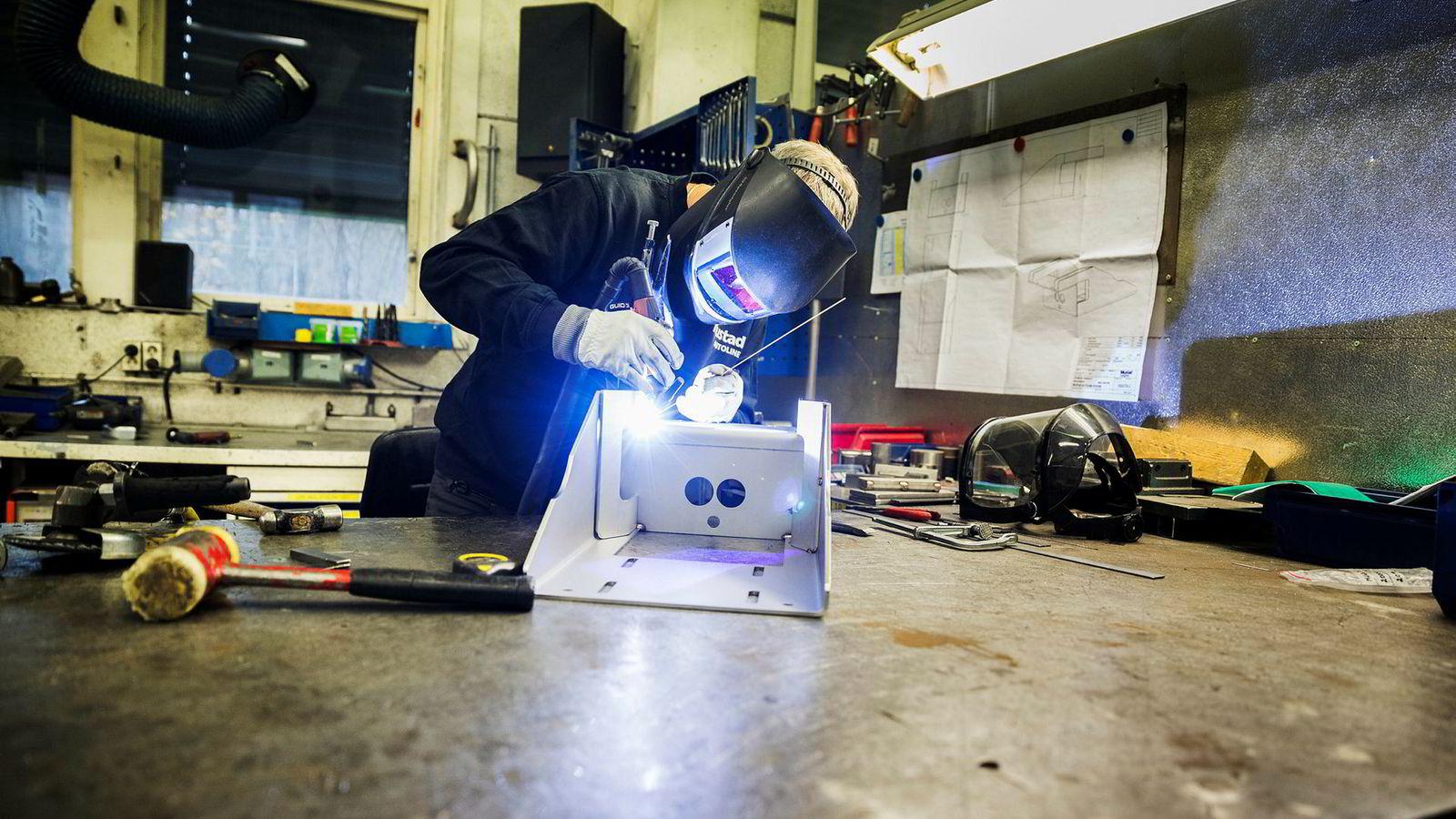 I den norske lønnsdannelsen er det industrien som i hovedsak bestemmer lønnsveksten for de fleste arbeidstagere.