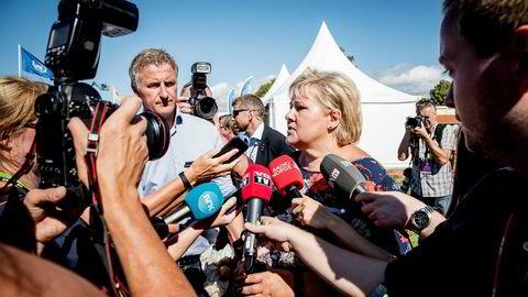 Statsminister Erna Solberg møtte pressen for å diskutere Sandberg tidligere i august.