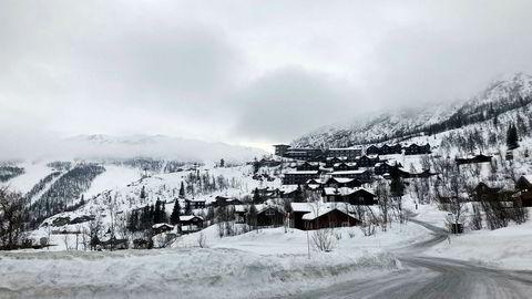 Skarsnuten Hotell i Hemsedal ligger på toppen av fjellet og har egen løype inn i skianlegget. I høysesongen tar hotellet seg ekstra godt betalt for utsikten.