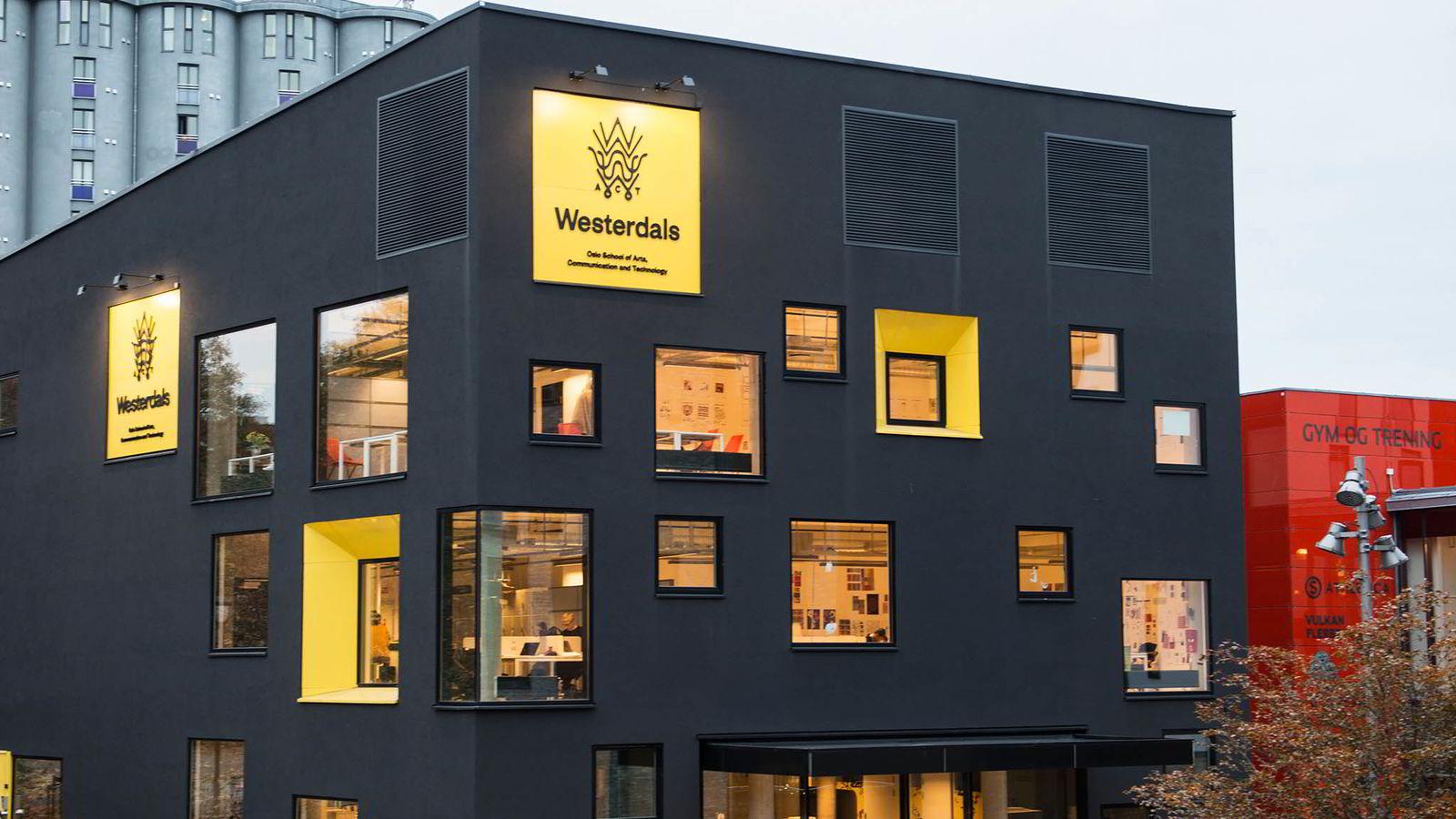 Tidligere Westerdals-elever krever over 31 millioner fra Westerdals.