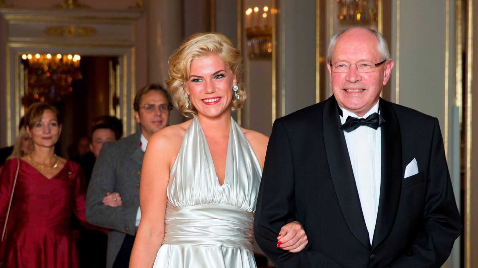 GALLA: Martin Kolberg (Ap) og Jette F. Christensen (Ap) på vei inn til den tradisjonelle Stortingsmiddagen på Slottet ifjor. Nå nevnes Christensen som en mulig kandidat til nestlederjobben i Arbeiderpartiet.