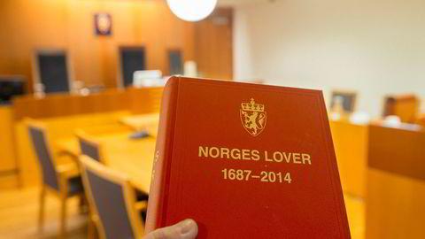 Norske domstoler må kutte kostnader. Nå slår sorenskriver alarm om at det vil true rettsikkerheten til vanlige folk.
