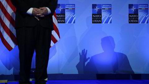 Donald Trump er bøllen i skolegården, men selv pøbelen blir fort en ynkelig skikkelse når han står helt alene, skriver kommentator Kjetil Wiedswang. Foto: Brendan Smialowski/AFP/NTB Scanpix