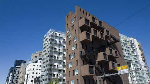 Selv om storbyene trolig får en kraftig befolkningvekst, peker Statistisk sentralbyrå på flere grunner til at det er de store byenes randkommuner som vil vokse mest