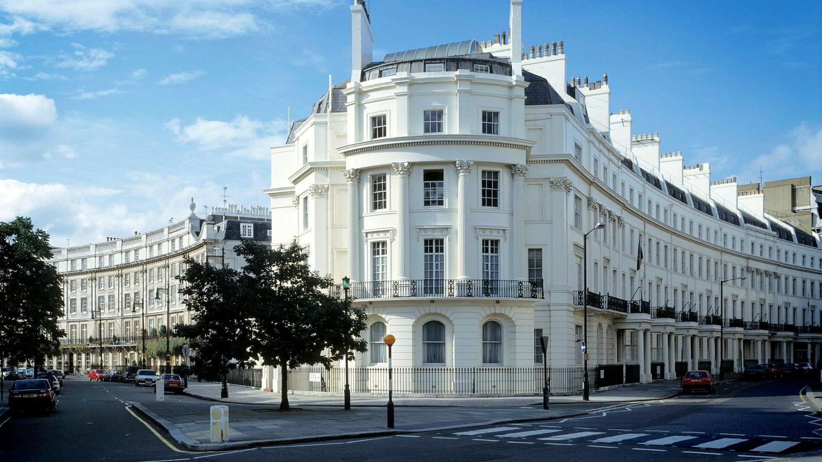 Rike mennesker fra hele verden eier dyre eiendommer i London. Belgravia er et av de eksklusive områdene i byen som har tiltrukket seg utenlandske rikinger.