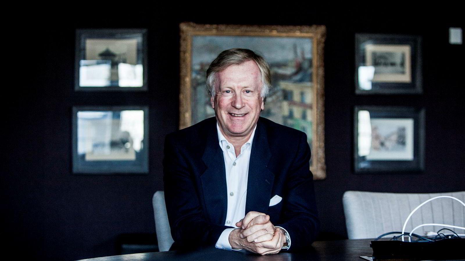 Den tidligere forretningsadvokaten Carl Erik Krefting tjente over 300 millioner kroner på eiendom og aksjer i fjor.