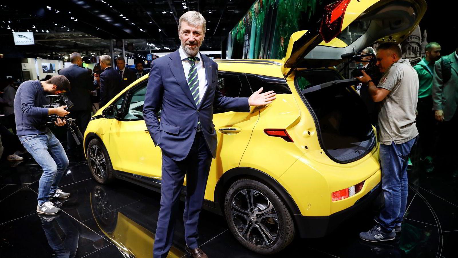 – Ordet rekkeviddeangst kan man ta ut av ordboken igjen, sier Opel-sjef Bernt G. Jessen. Opels  Ampera-e får klasseledende rekkevidde på opptil 50 mil.