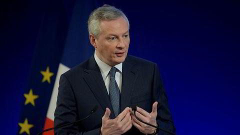 Finansminister Bruno Le Maire sier Frankrike ikke har krevd noen sammenslåing av Renault og Nissan.