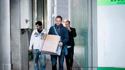 Sivilt politi tar beslag hos Lime-butikken i Jens Bjelkesgate 71 i Oslo, som en del av en større aksjon mot kjeden og dens eiere ifjor. Foto: Skjalg Bøhmer Vold