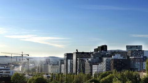 - I Oslo er det rift om nyboligene og lageret er i ferd med å tømmes, ifølge sjeføkom Roger Bjørnstad. Illstrasjon fra Bjørvika i Oslo. Foto: Per Ståle Bugjerde