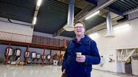 """Med """"Gutta på tur"""" som investorer, skal daglig leder Frode Horvik produsere en halv million liter øl når L/L Voss Fellesbryggeri starter opp i 2016. Foto: Vidar Herre/Avisa Hordaland"""