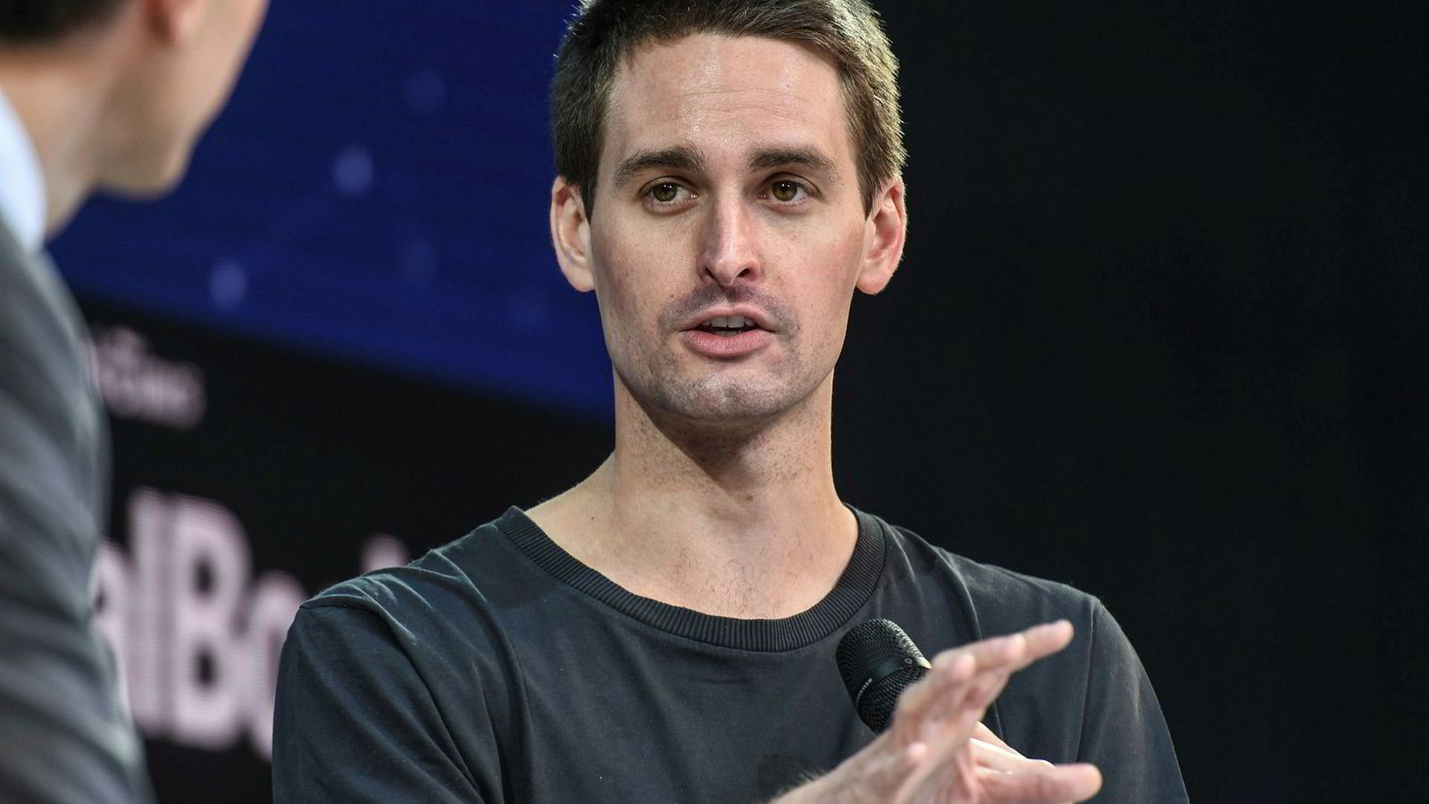 Medgründer og konsernsjef Evan Spiegel i Snap Inc. kunne endelig melde om positiv utvikling for Snapchat.