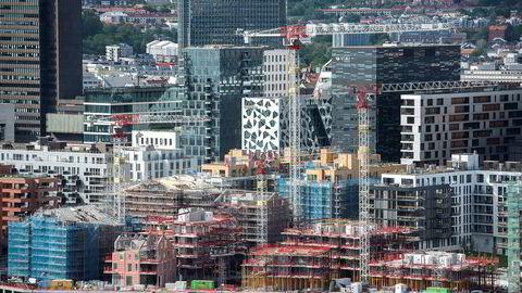 Det bygges altfor lite i Oslo i forhold til behovet, noe som kan bidra til kraftig boligprisvekst fremover, mener boligtopp.