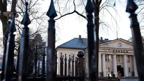 Oslo Børs ble tynget av oljeprisen mandag. Foto: Per Ståle Bugjerde