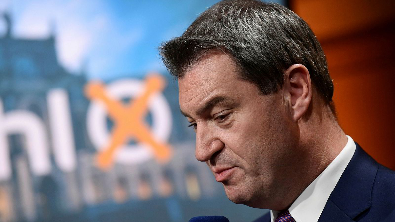 Ingen god dag for delstatsminister Markus Söder og hans parti CSU) etter søndagens delstatsvalg i Bayern.