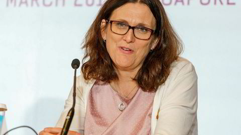 EUs handelskomissær Cecilia Malmström sier Norge kan bli unntatt fra en eventuell beskyttelsestoll på stål og aluminium fra EU.