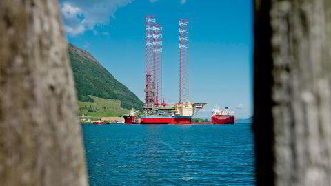 Illustrasjonsbilde. «Maersk Intrepid» ligger ved Westcon Yards i Ølensvåg