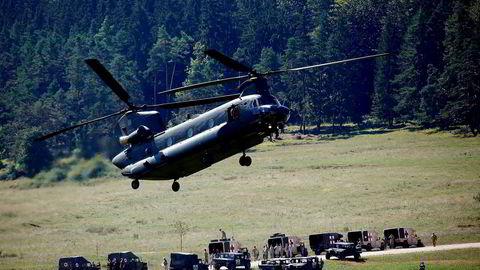 Europa trenger USA for sin sikkerhet mer enn USA trenger Europa. Bildet av det amerikanske helikopteret er fra en øvelse i Tyskland i august 2015.