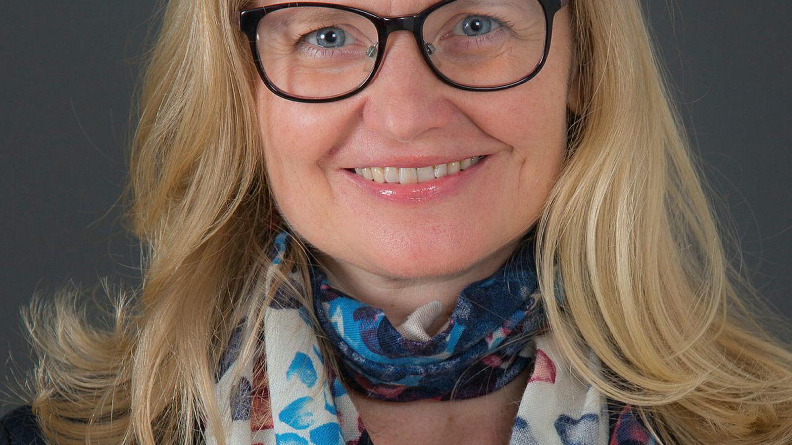 Sigtona Halrynjo fra CORE er en av forskerne bak rapporten om kvinner i finansnæringen.