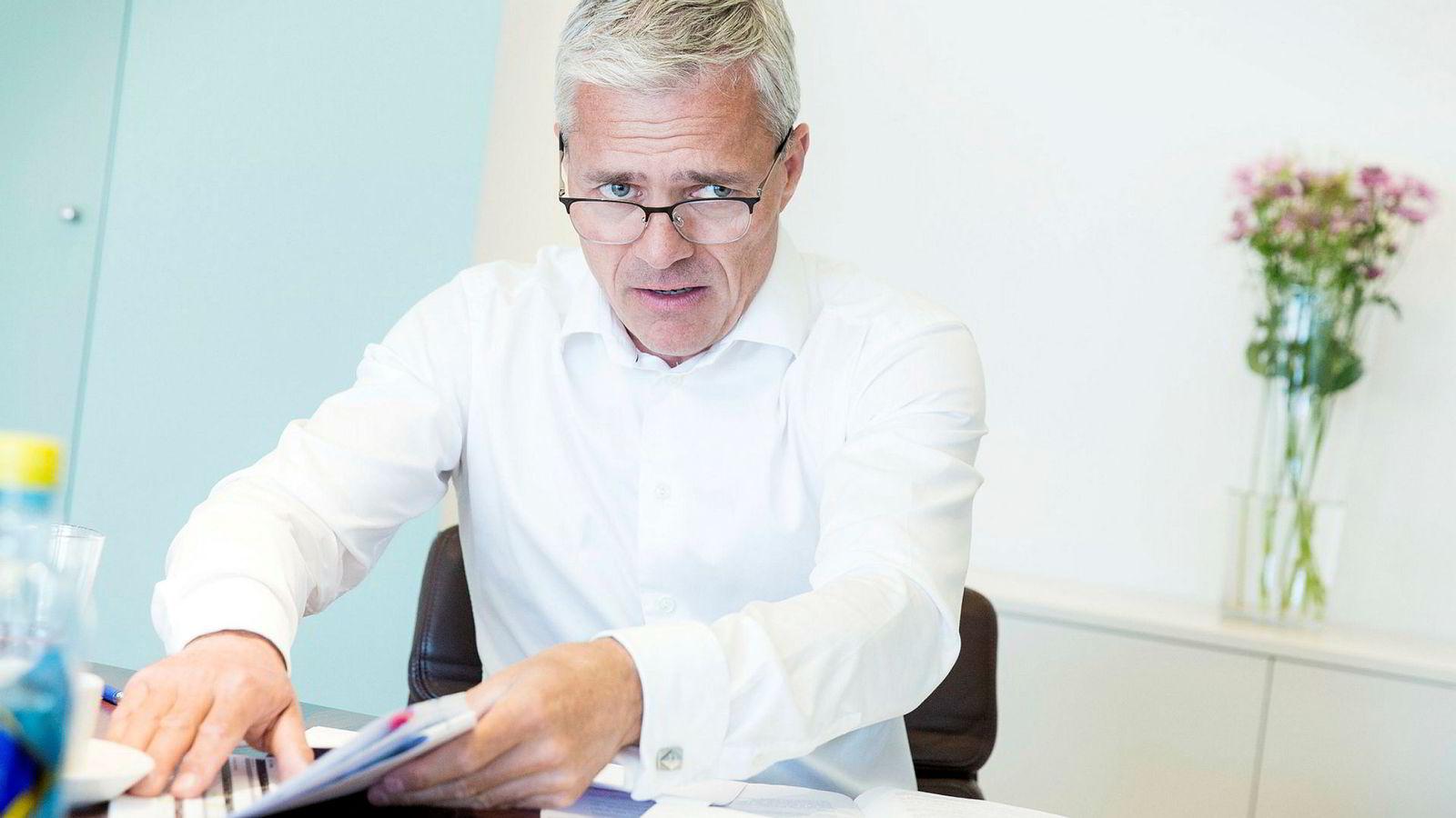 Dag Rasmussen, administrerende direktør i Rasmussengruppen i Kristiansand, sier selskapet trenger kontanter til å finansiere oppkjøpet av Schlumbergers seismikkselskap.