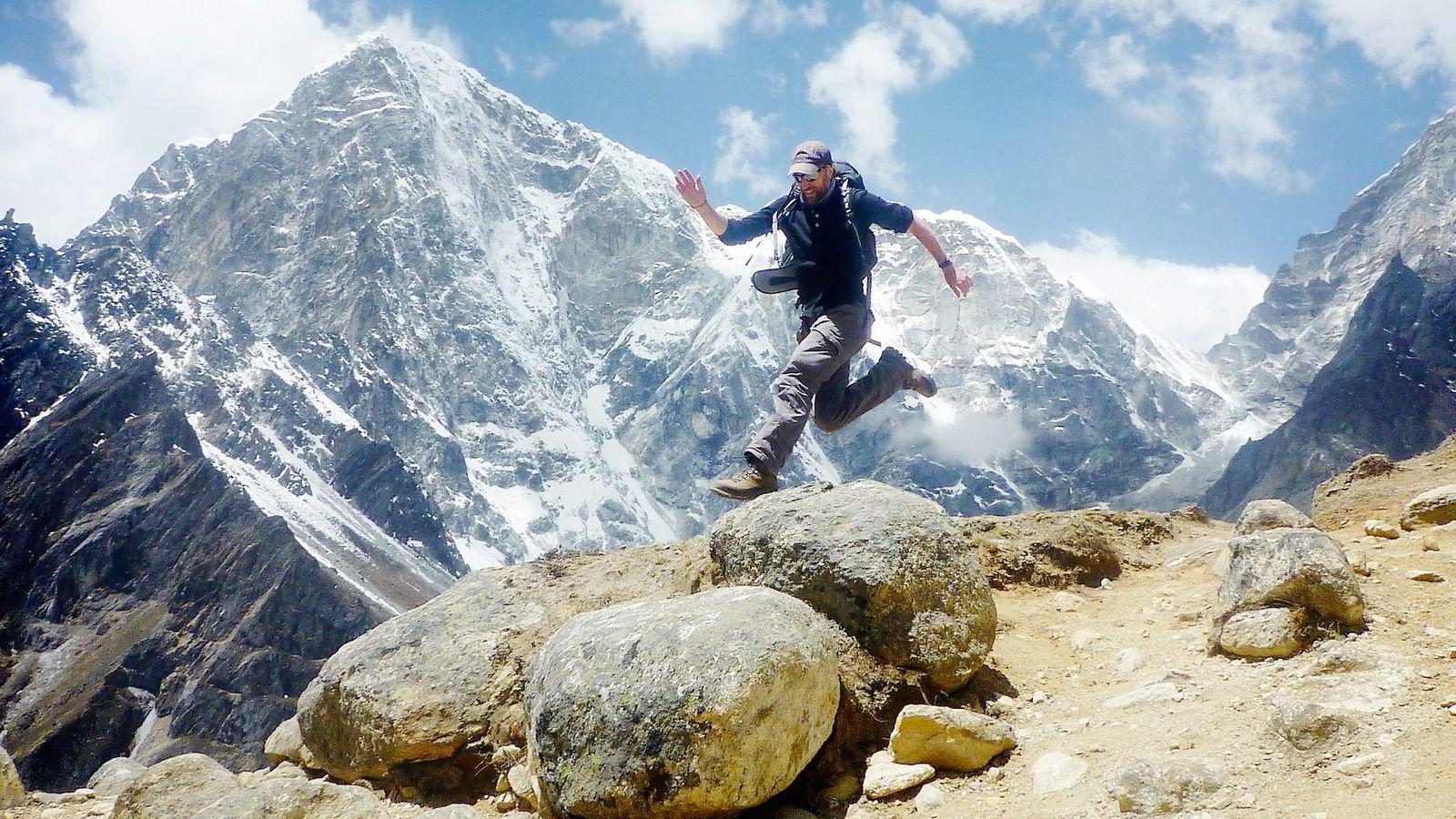Jamie Ross Mackenzie brukte litt over seks timer på Everest Marathon.