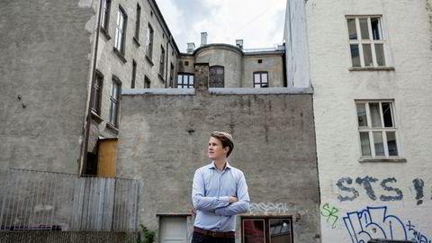 Torstein Tvedt Solberg (Ap) mener kommunene ikke har god nok styring på boligutbyggingen. Han er redd for svingninger i spesielt Oslo-markedet.