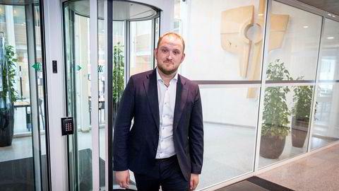 Samferdselsminister Jon Georg Dale vil fredag ha fem nye bompengemilliarder.