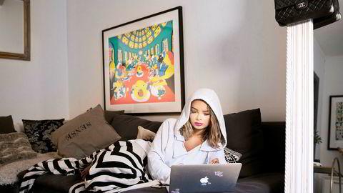 Sophie Elise inngår samarbeid med bloggnettverket United Influencers og sier hun skal jobbe med sin andre bok.