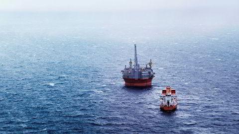 Petroleumstilsynet har stengt oljeproduksjonen på Goliat-plattformen nordvest for Hammerfest. Foto: Aleksander Nordahl