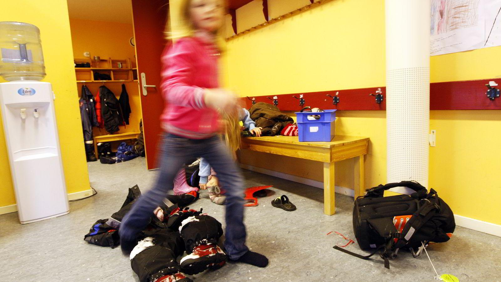 I praksis vet vi lite eller ingenting om hvordan seksåringene egentlig har det i norske klasserom, sier professor Sidsel Germeten som mener kunnskapsministeren må ta initiativ til forskning. Illustrasjonsfoto: Lise Åserud /