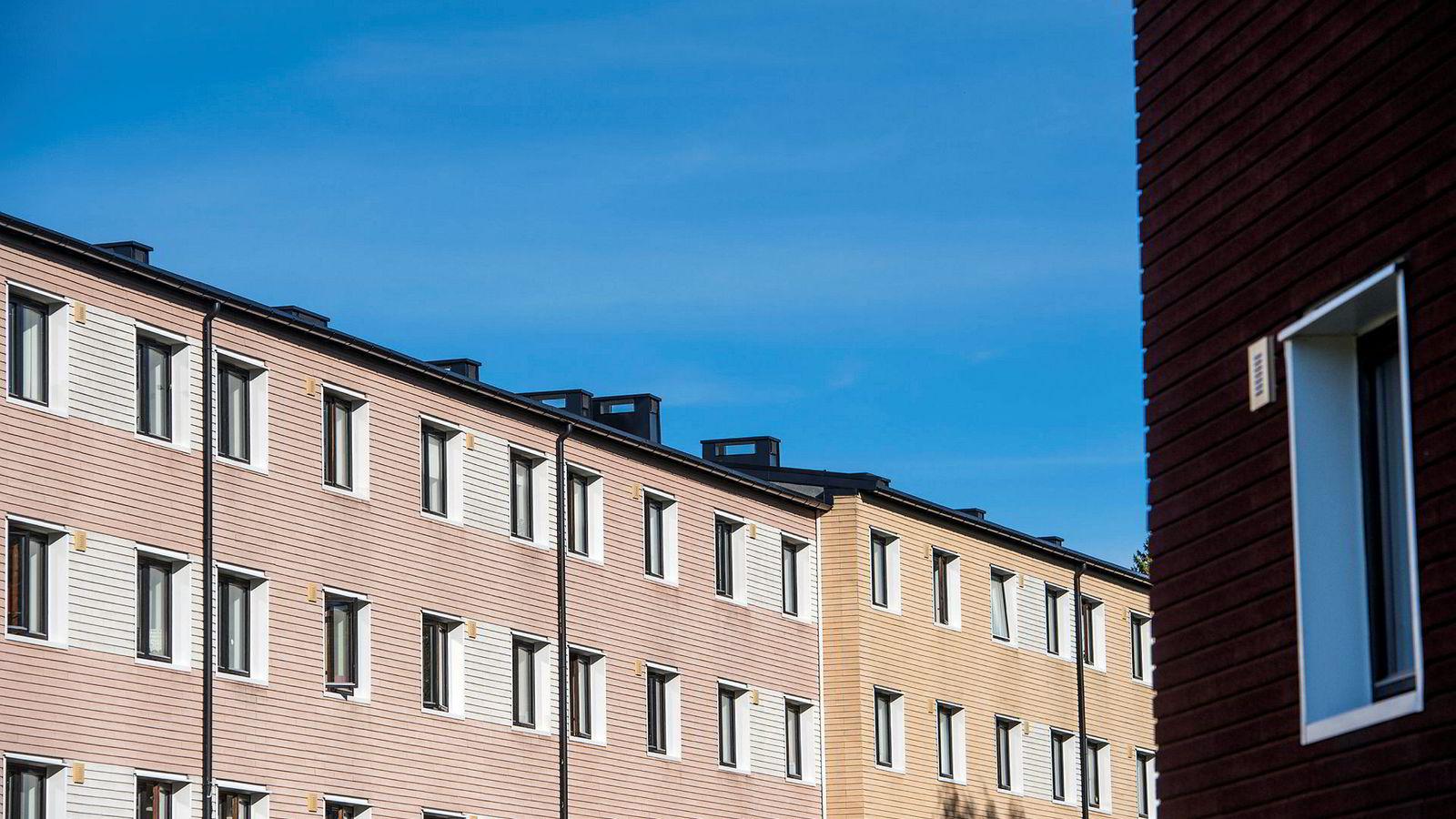 Obos forventer at boligprisene i Oslo skal stige fire prosent i 2019. (Arkivfoto av Obos-leiligheter på Lambertseter i Oslo.)