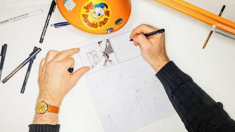 Anders Kvammen viser frem sin Omega i klokkespalten klokketro.