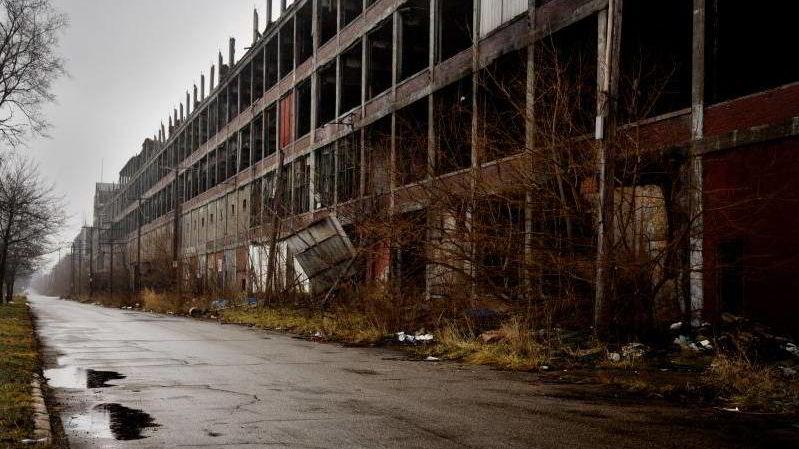 Detroit har lenge vært på randen av kollaps.