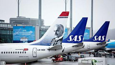 Avinor melder at det var litt færre – 0,1 prosent – passasjerer som reiste gjennom norske flyplasser i juli i år sammenlignet med samme måned i fjor.