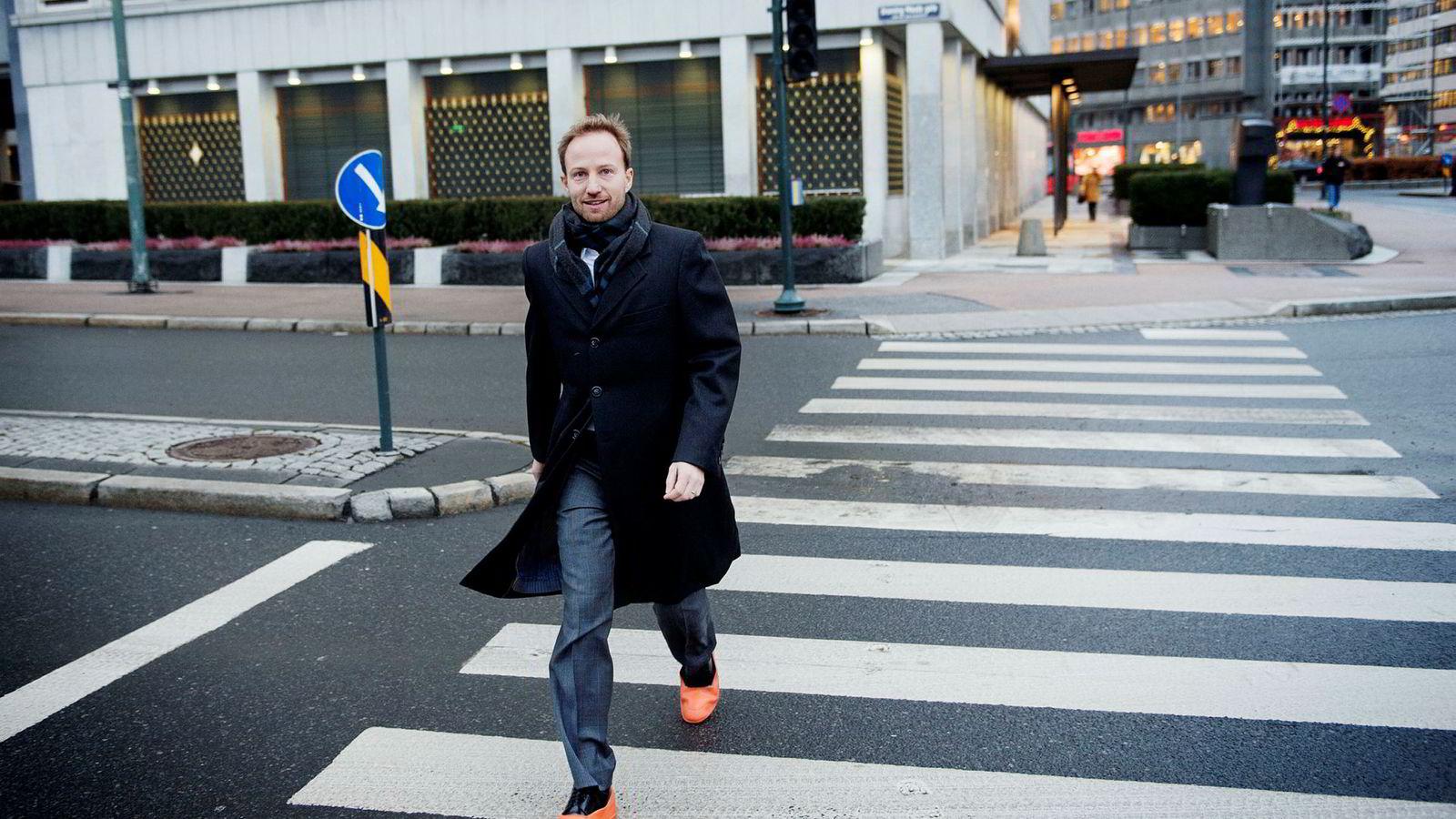 Christian Sinding begynte allerede i 1998 å jobbe i oppkjøpsbransjen.