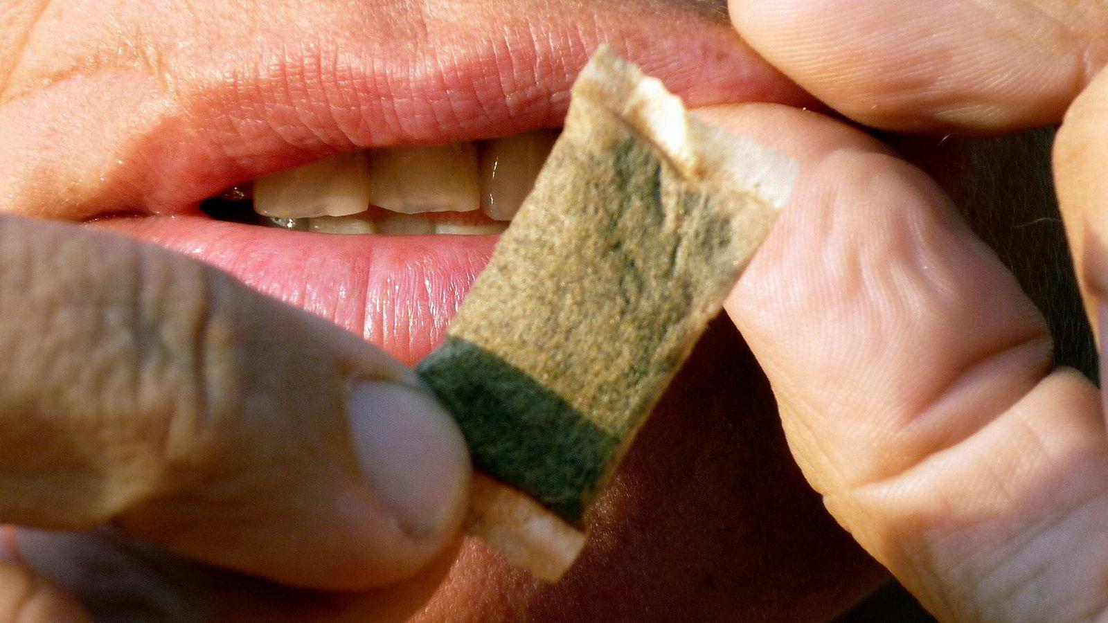 Norge har så langt hatt et tilsvarende unntak som Sverige fra snusforbudet gjennom en tilpasning i EØS.