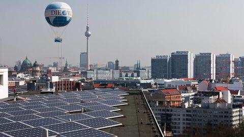 Arkivbilde. Bildet viser solcellepaneler i Berlin. Foto: Rolf Schulten,