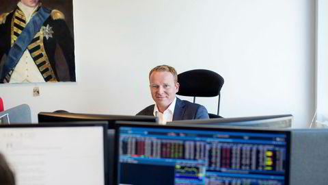 Analysesjef Lars-Daniel Westby i Sparebank 1 Markets har truffet godt på aksjeplukkingen sin så langt i år, men nå begynner avstanden til konkurrentenes porteføljer å minke.