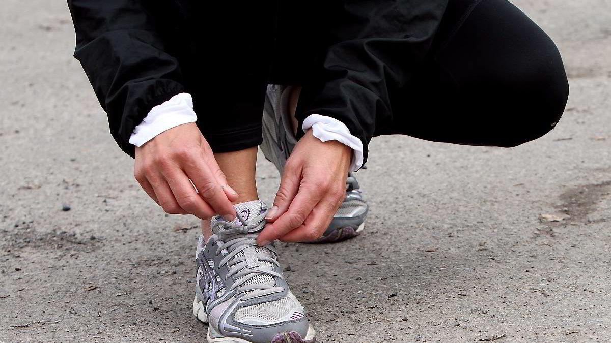 Slik får du løpeskoene til å vare lenger | DN