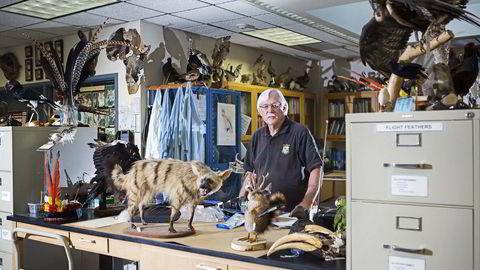 Dyrenes beskytter. Ken Goddard var hardkokt drapsetterforskningsleder i California. Siden slutten av 80-tallet har han bygget opp verdens eneste krimetterforskningssenter for dyr og fauna