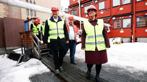 Tone Wilhelmsen Trøen (H) er blitt valgt til ny stortingspresident. Etter påske kommer den tunge arven. Søksmål og byggeskandale. Her er hun på befaring på Storinges byggeplass forrige uke.