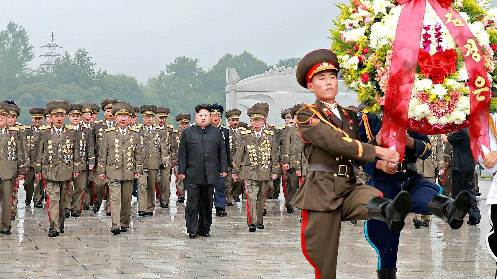 Fredag fikk Nord-Koreas leder Kim Jong-un nok en advarsel fra USAs president Donald Trump. Den spente situasjonen mellom de to landene har ført til et markert stemningsskifte i finansmarkedene denne uken.