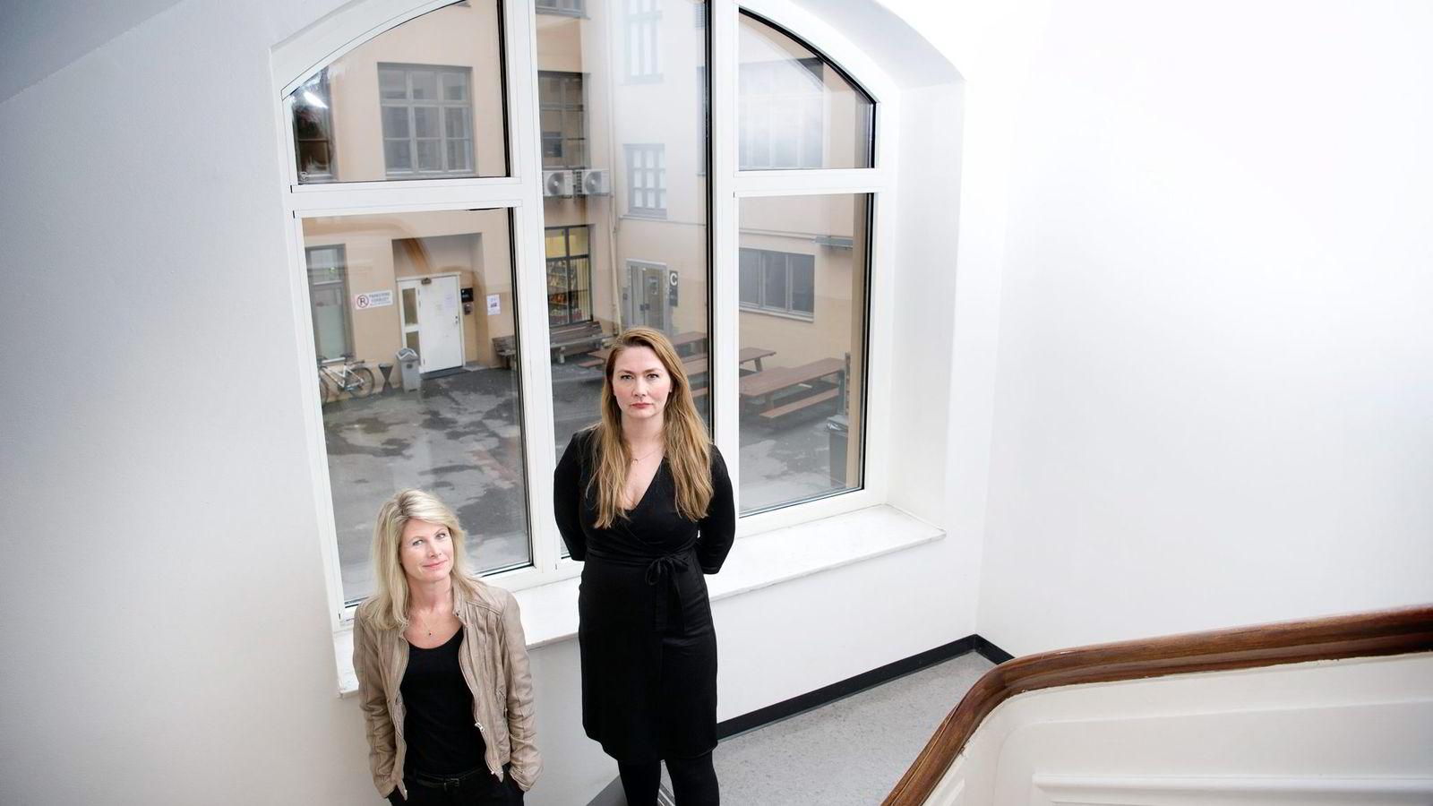 Studiedirektør Kristin Arnesen (til høyre) og ny rektor Tine Widerøe ved Westerdals Oslo ACT lover full opprydding på skolen.