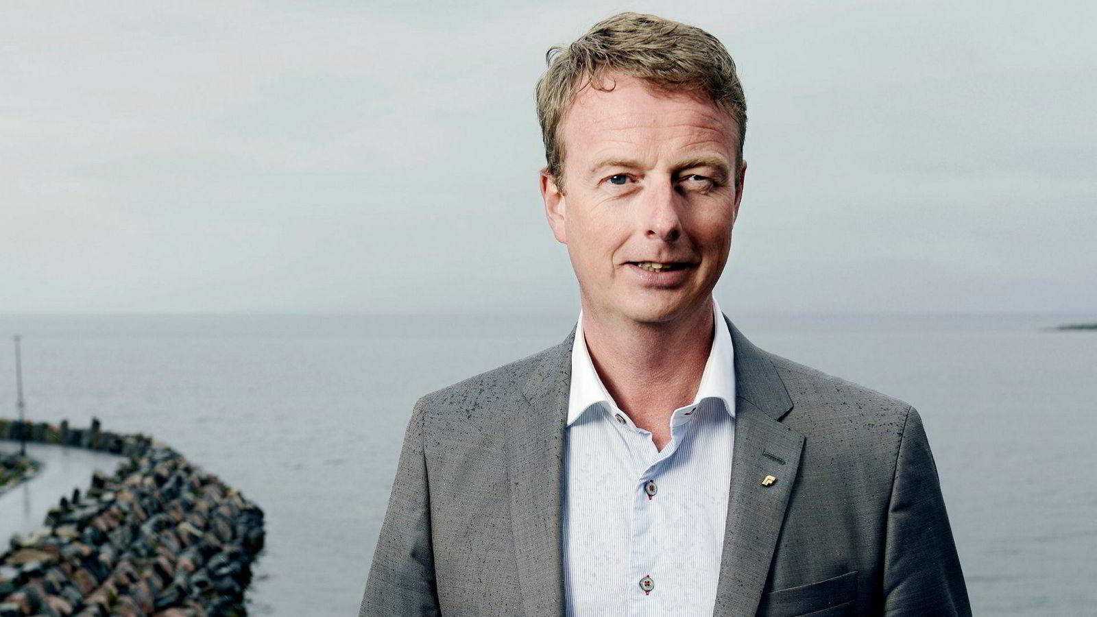 Os-ordfører Terje Søviknes er aktuell som ny olje- og energiminister.