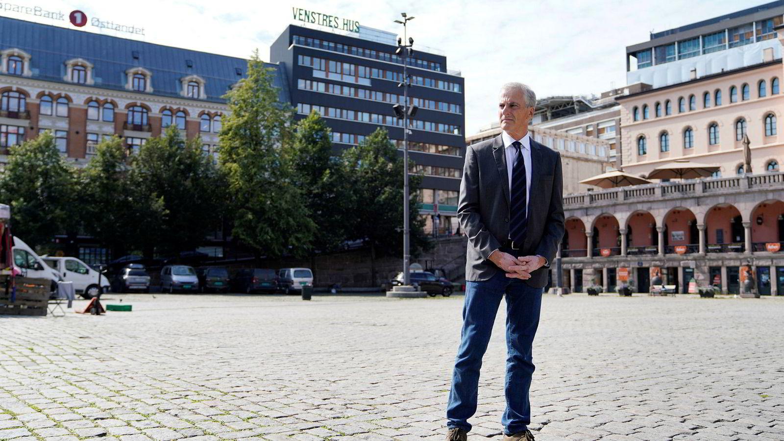 Ap-leder Jonas Gahr Støre presiserer at Senterpartiet er ikke en motstander, men en konkurrent.