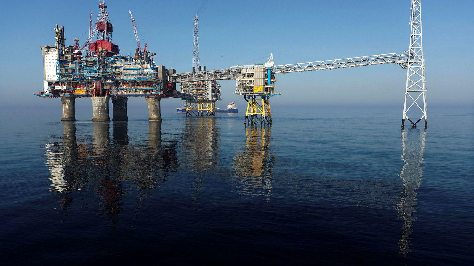 Pengene staten henter ut fra blant annet Sleipnerfeltet i Nordsjøen skal fremover ikke investeres i olje.